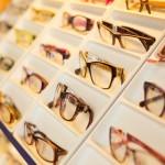 Faire des lunettes à Hoi An