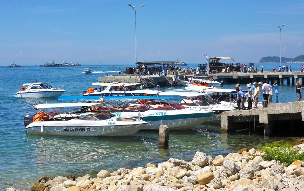 cham-island-bateau