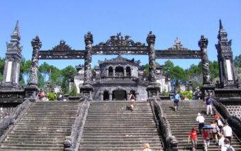 tombes-royales-de-hue-vietnam