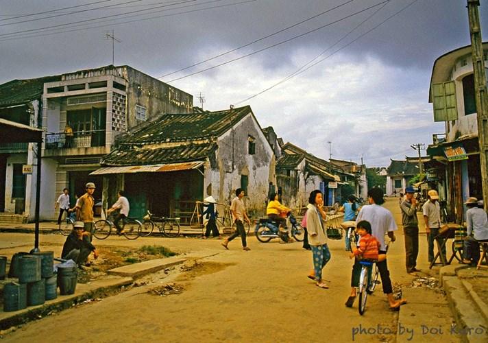 anh-kho-quen-ve-hue-da-nang-hoi-an-nhung-nam-1989-1990-hinh-2