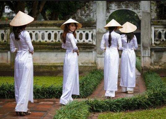 Ao Dai, Tenue Traditionnelle Vietnamienne