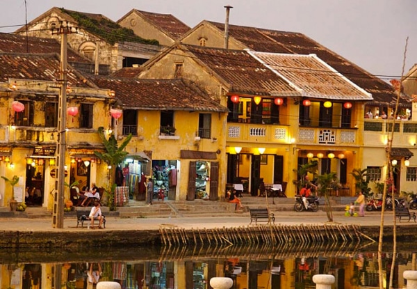 rues-hoi-an-vietnam-lanternes