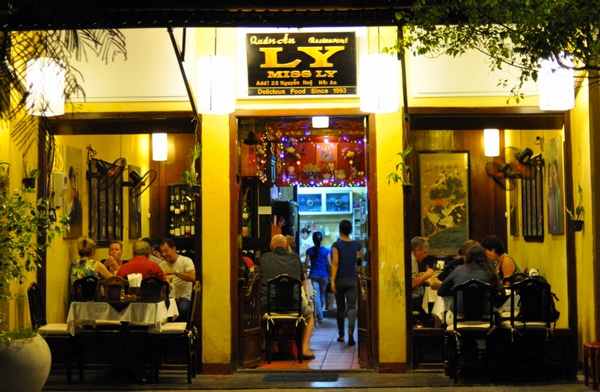 miss-ly-restaurant-hoi-an-vietnam