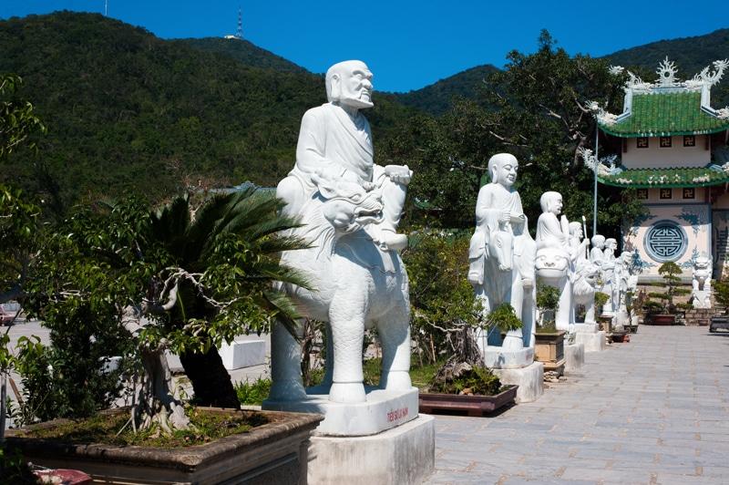 danang-vietnam-buddha