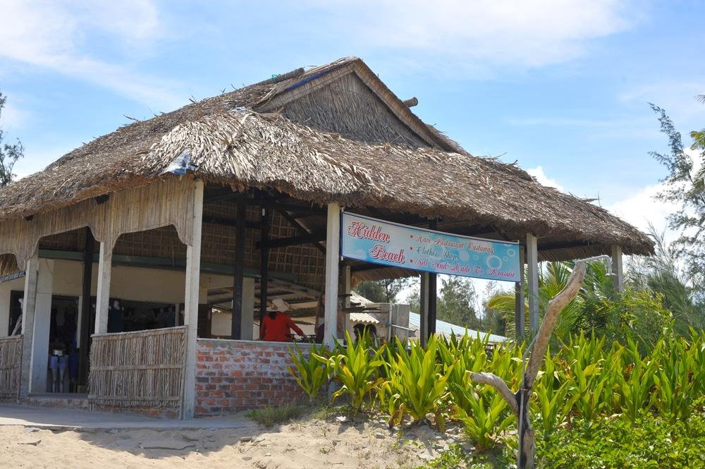 hidden-beach-restaurant-hoi-an