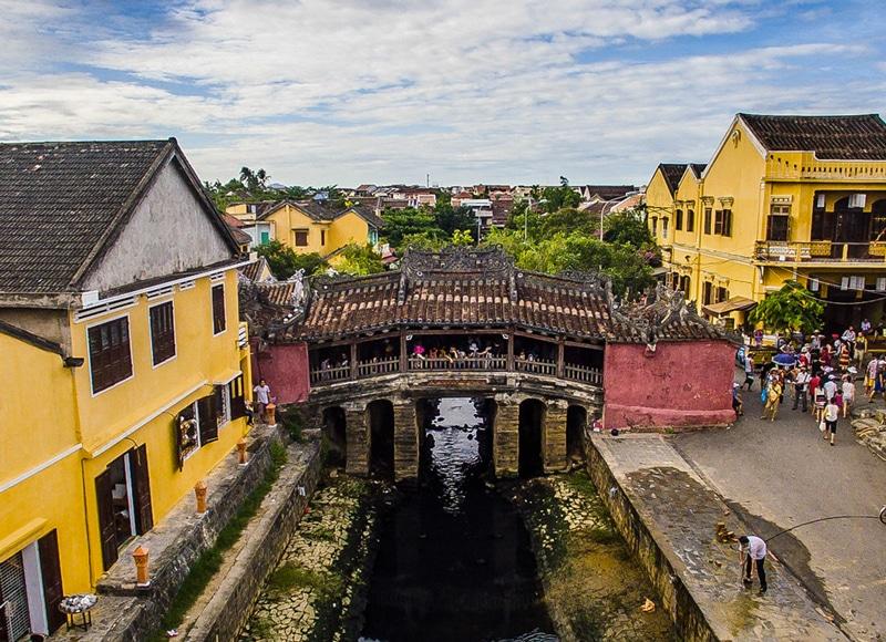 pont-pagode-couvert-hoi-an