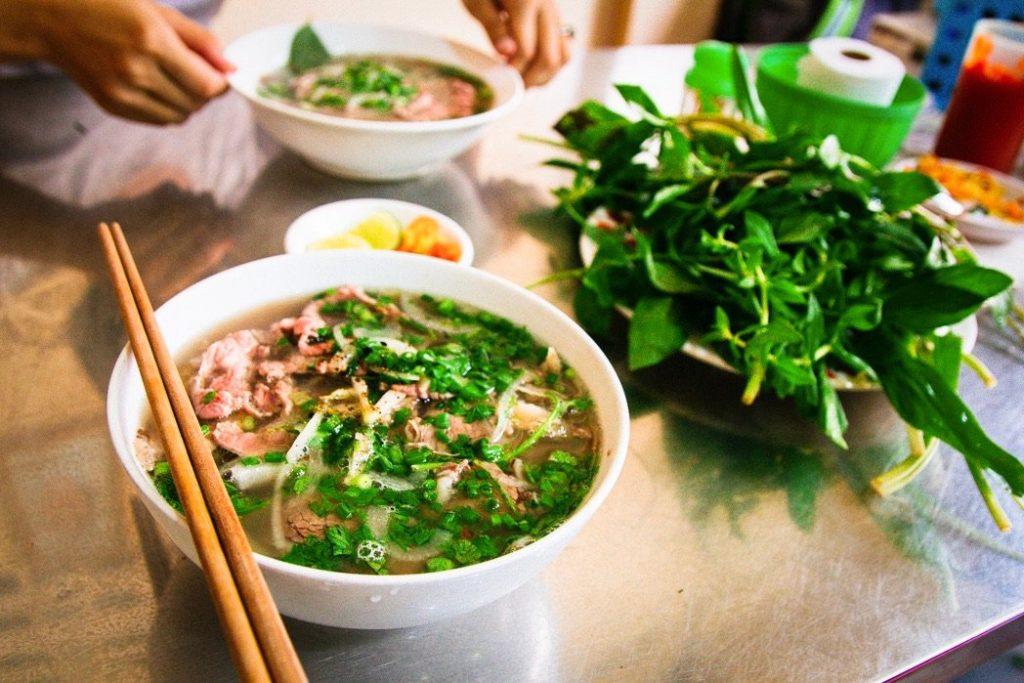 soupe-Vietnamienne-Pho-1024x683