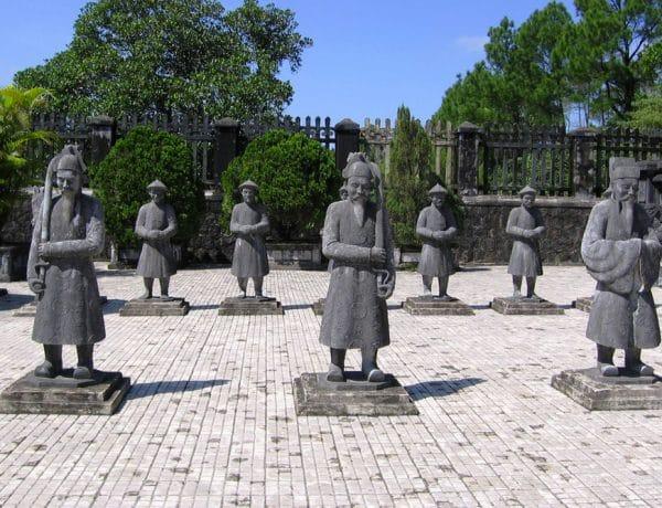 Visiter la Tombe de Khai Dinh à Hué, attraction historique incontournable